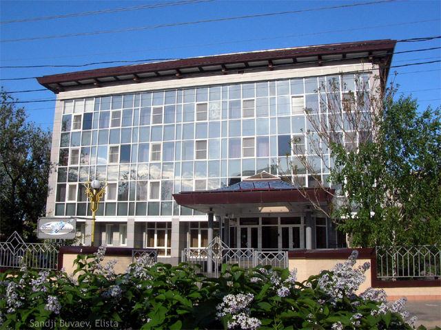 Элиста белый лотос отель