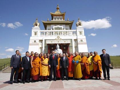 Президент Монголии в Калмыкии